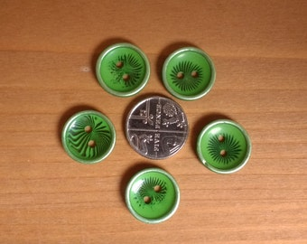 5 Green Star Buttons Concave Buttons Vintage Buttons Swirling Buttons  BB
