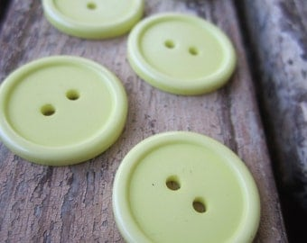 10 Vintage Yellow Buttons