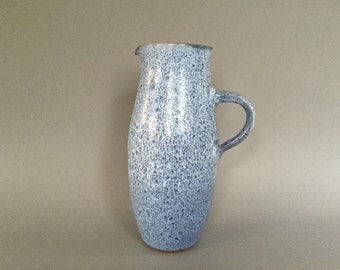 Töpferei Römhild by Siegfried Gramann, handthrown 1970s Mid Century Modern  ceramic vase . Studio Töpferei Gramann Römhild  East Germany.