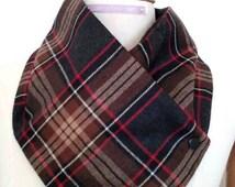 collar, scarf for men, Scots black and beige, black plastic snaps, fleece-lined black