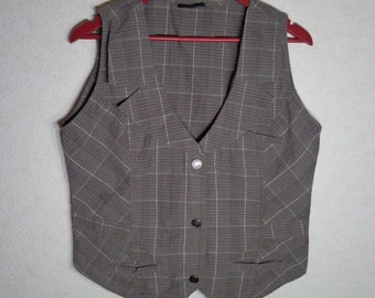 Women Vest Medium Size Metal Buttons Made In Germany