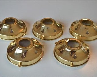 A set of 5 classic antique style brass 3 1/4 inch glass light shade galleries NR3