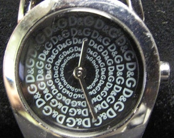 Vintage Authentic Dolce Gabbana TIME D&G Spiral Face Watch