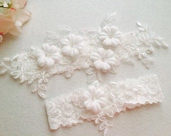 Rustic wedding Garter - White Wedding Garter Set - Bridal Garter-Keepsake garter-Toss garter