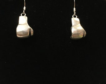 Sterling silver (925) boxing gloves earring