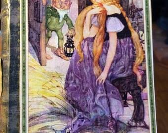 Eerie Tales: Secret Compartment Book (Fairytale Ending)