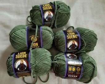 Lion Brand Suede Yarn 5 Skeins Sage, Suede Yarn, Lion Brand Yarn, Sage Green Suede Yarn, Bulky Yarn, Destash Yarn