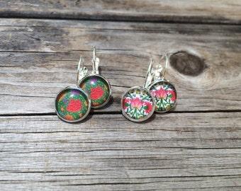 Pink Tulip Floral Earrings, floral Earrings, Leverback Earrings, Set of 2 earrings, cabochon earrings