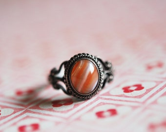 Antique Sterling Silver Banded Agate Ring 1800s