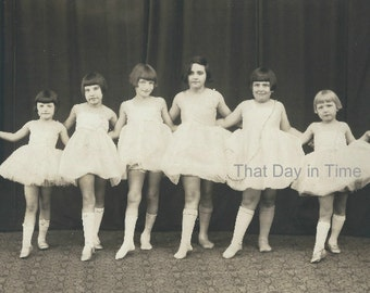 DIGITAL DOWNLOAD Vintage Photo. Six little ballerinas