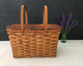 SALE - Picnic Basket in Oak Wood - Display - Prop - Container - Vintage Wood Basket - Storage - Farmhouse - Country