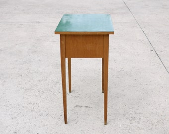 VINTAGE SIDE TABLE Sea green Laminate Top 1960 Oak Wood Contemporary Sofa Table Modern Living