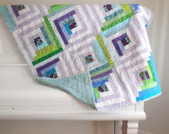 Modern log cabin quilt / lap quilt / child quilt / throw quilt / quilted play mat / extra cover for twin bed