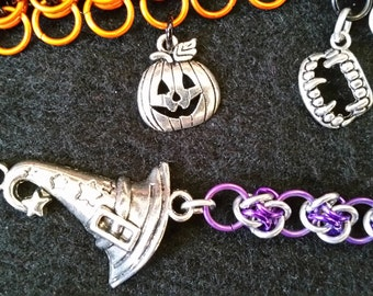 Halloween chainmaille bracelets (pumpking, witch hat, vampire fangs)