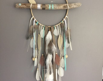 Dream catcher in driftwood, beige colour, mint and taupe