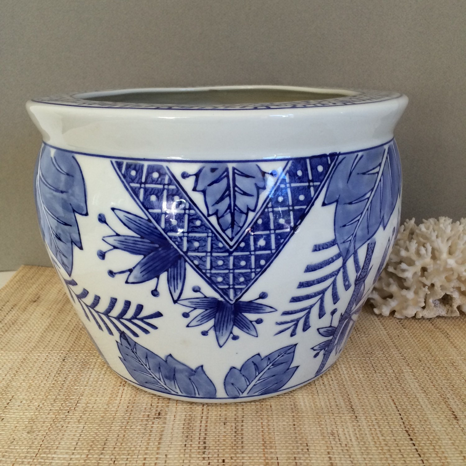 Vintage blue and white planter chinese fish bowl vintage for Chinese fish bowl planter