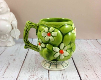 Inarco green apples and white daisies, 1967 marked E-2866, made in Japan,vintage mug,green ceramic mug