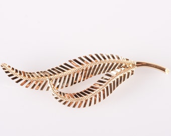 Delightful Vintage 1940's 18k Yellow Gold Italian Leaf Style Brooch / Pin 3.88g