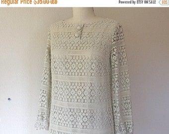 SALE Vintage 1960s off white lace shift dress
