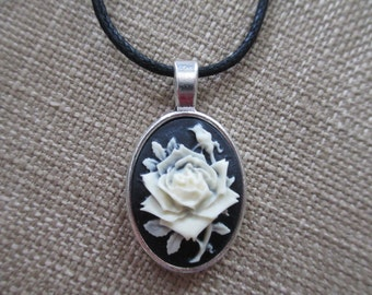 Rose Cameo Pendant Necklace