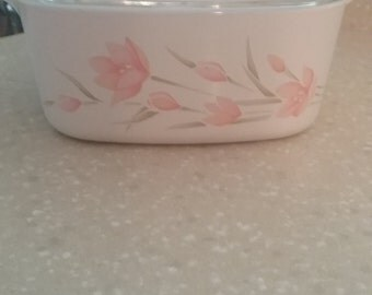 Corning Ware Peach Floral 1 1/2 Quart Casserole and Cover