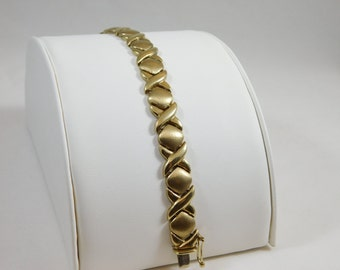 10kt Yellow Gold Hugs and Kisses Bracelet