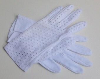 Org 50 j. white cotton gloves - unworn