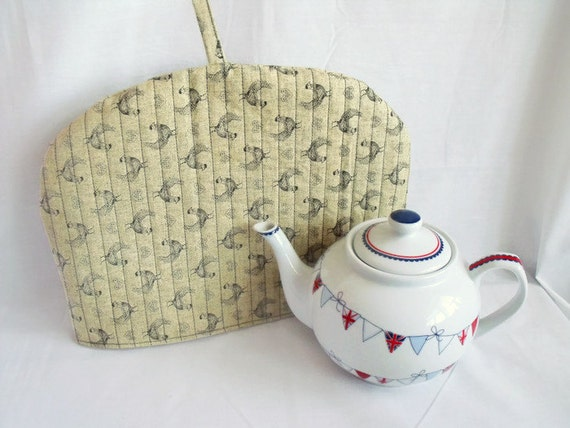 """lined tea pot warmer, quilted hen fabric tea cozy, hen kitchen decor, chicken cotton fabric cosy, farmhouse kitchen, 12.5"""" wide x 9"""" high"""
