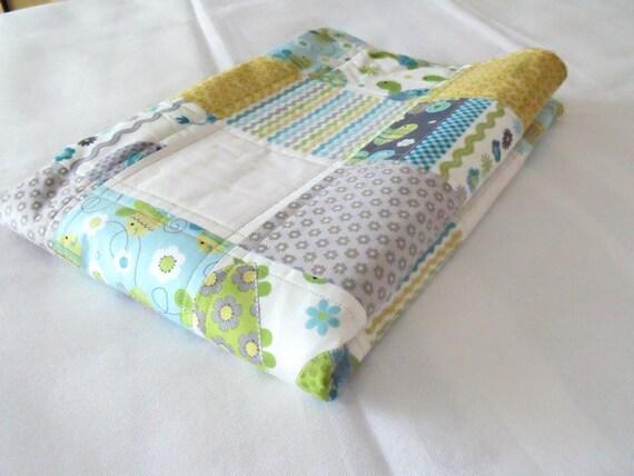"baby quilt, nursery bedding, cot duvet, crib quilt, baby blanket, unisex quilted blanket, 37"" x 48"""