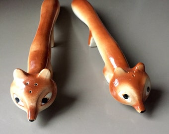 Pair of Stretched Foxes Salt and Pepper Shakers Made in Japan