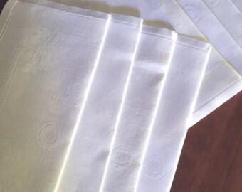8 Vintage Linen Damask Dinner Napkins in Creamy White M686-3