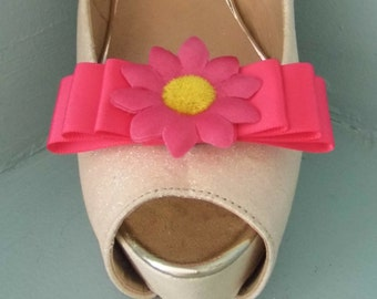 Handmade Bright Pink Triple Bow Shoe Clips with Daisy Centre