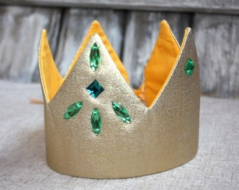 Gold Crown. Crown for the party. Birthday crown. Costume party crown