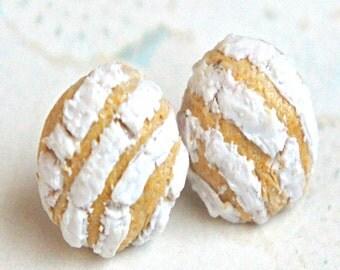 concha earrings- miniature food jewelry, pan dulce earrings