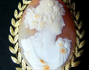 Antique Large Shell Cameo Brooch Pendant 18k Gold Frame Laurel Wreath Frame Fine Natural Pearls Second Empire Cameo Napoleon III French