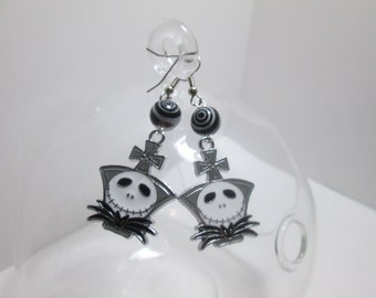 Nightmare Before Christmas earrings on Surgical Steel Wires / Item I-104