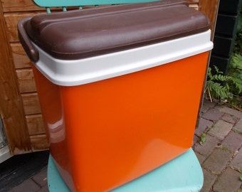 Vintage orange/brown coolbox by Curver