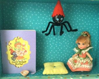 Mattel Liddle Middle Muffet - Storybook Liddle Kiddle