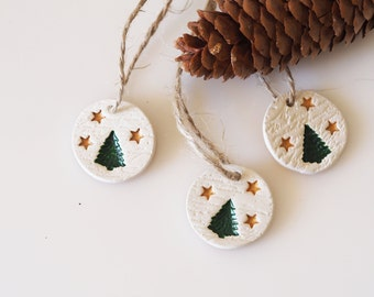 Set of 3 Christmas tree on vintage french script clay decoration -Christmas ornament - Clay gift tag - Christmas tree and gold stars design