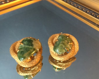 Vintage Jewelry by BSK ~ Green Marbled Agate & Surrounded by Golden Mesh Rope  Clip Back Clip-on Earrings