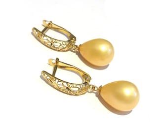 Majorica Pearl Gold Earrings, Bridal Pearl Earrings, 14K Bridal Earrings, Wedding Jewelry