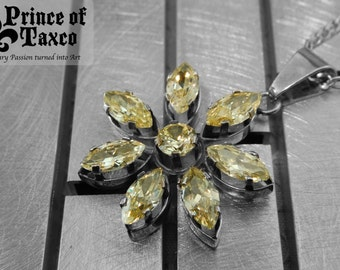 "AU010_02 Taxco .925 Sterling silver pendant gemstone FLOWER ""CUBILET"" CITRINE with sterling artwork.100% handmade. Free shipping."