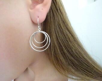 Triple circle earrings, Sterling Silver hoop earrings, Bridesmaid Gift, Wedding Jewelry,  Bridal Earrings, Three link circle earrings