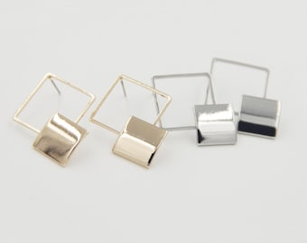 4pcs ( 2 Pairs ) - SIMPLE Gold / Silver Plated Brass Geometric Earring Post, Double Diamond Earring Post (R302)