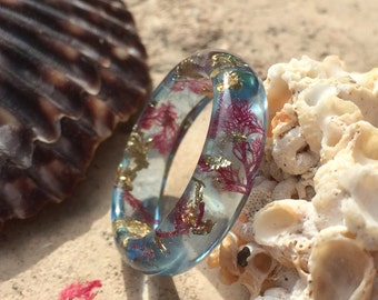 Glacier blue sea plant ring with gold flakes. Embedded ocean ring. Mermaid ring. Resin Ring