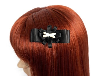 Black hair clip with bone