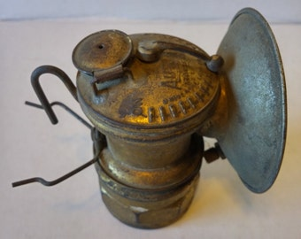 Vintage Miners Auto Lite Universal Carbide Hat Lamp USA