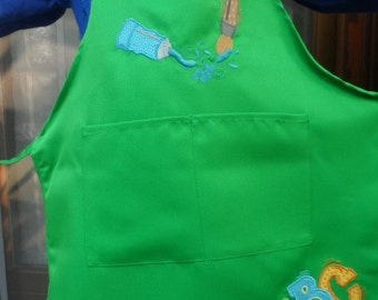 Apron for Girls / Boy Green machine embroidered with brush and Letters