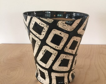 black and white block pattern planter pot for cactus and succulent plants