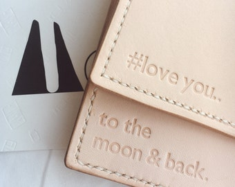 Leather goods Monogramming with MOUMOU